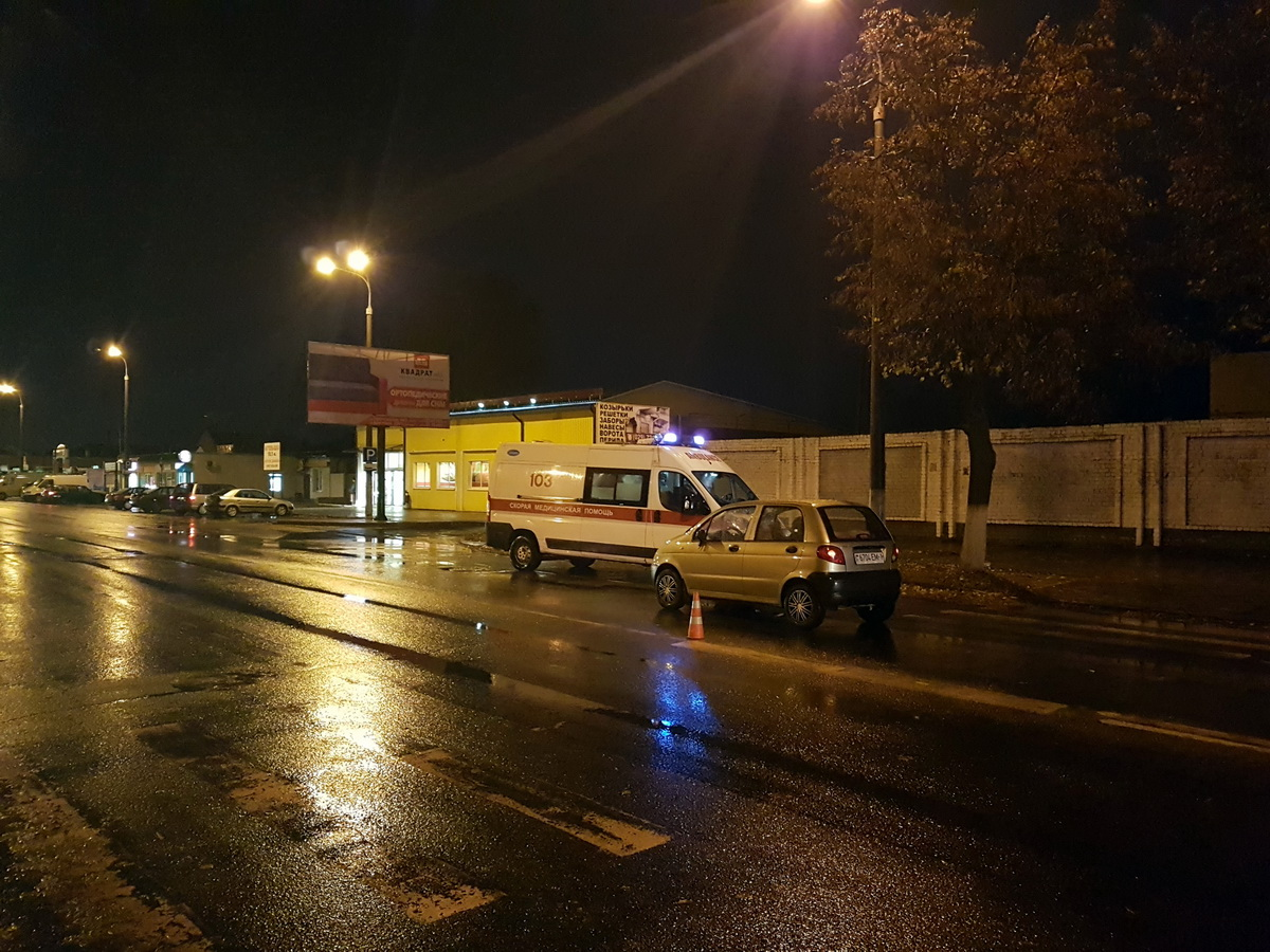 В Барановичах на пешеходном переходе сбили мужчину