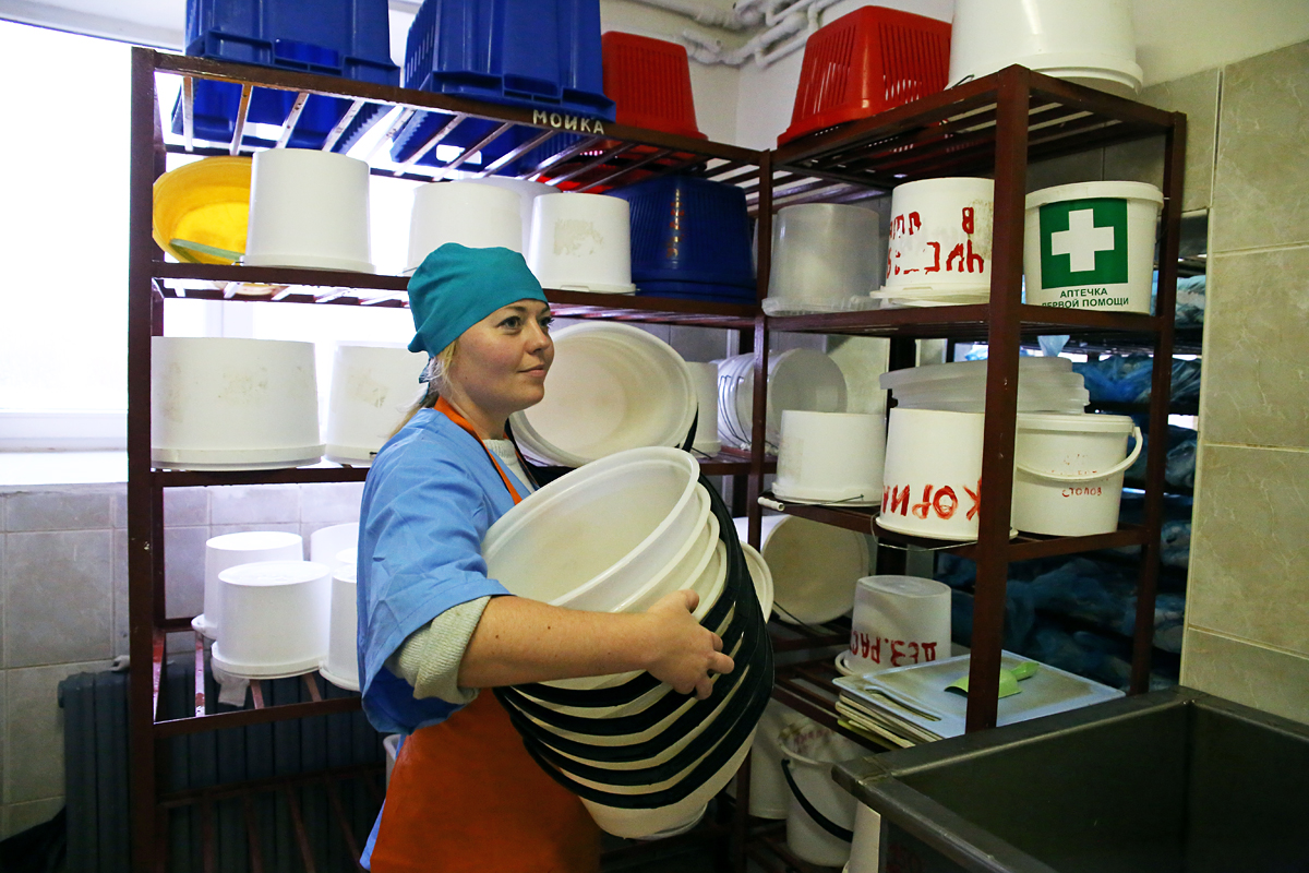Работница цеха Ксения. Фото предоставлено ООО