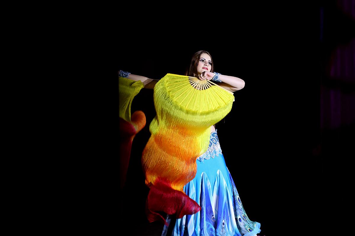 Коллектив восточного танца «Эмира». Фото: Евгений ТИХАНОВИЧ