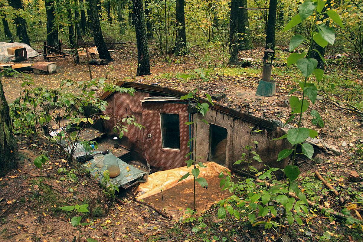 Землянка в лесу своими руками фото 15