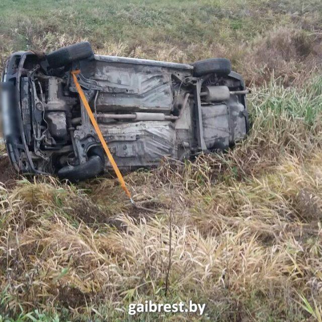 В Иваново водитель съехал в мелиоративный канал