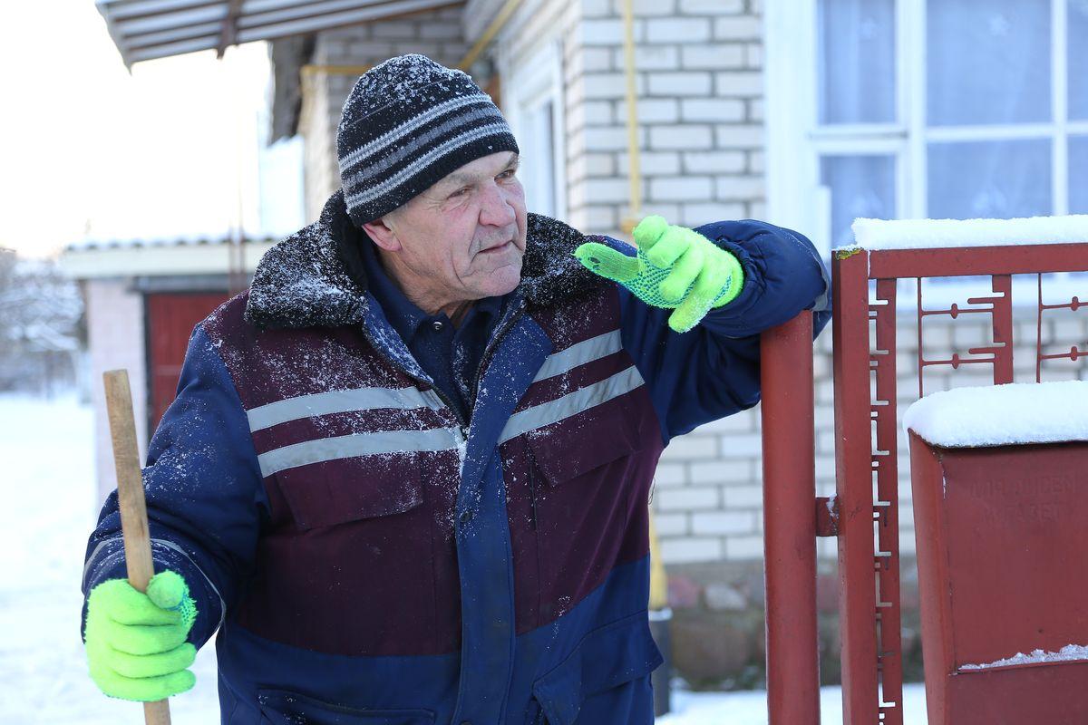 Житель частного дома по улице Грушевой Виктор узнал про объезд еще на прошлой неделе. Фото: Александр КОРОБ