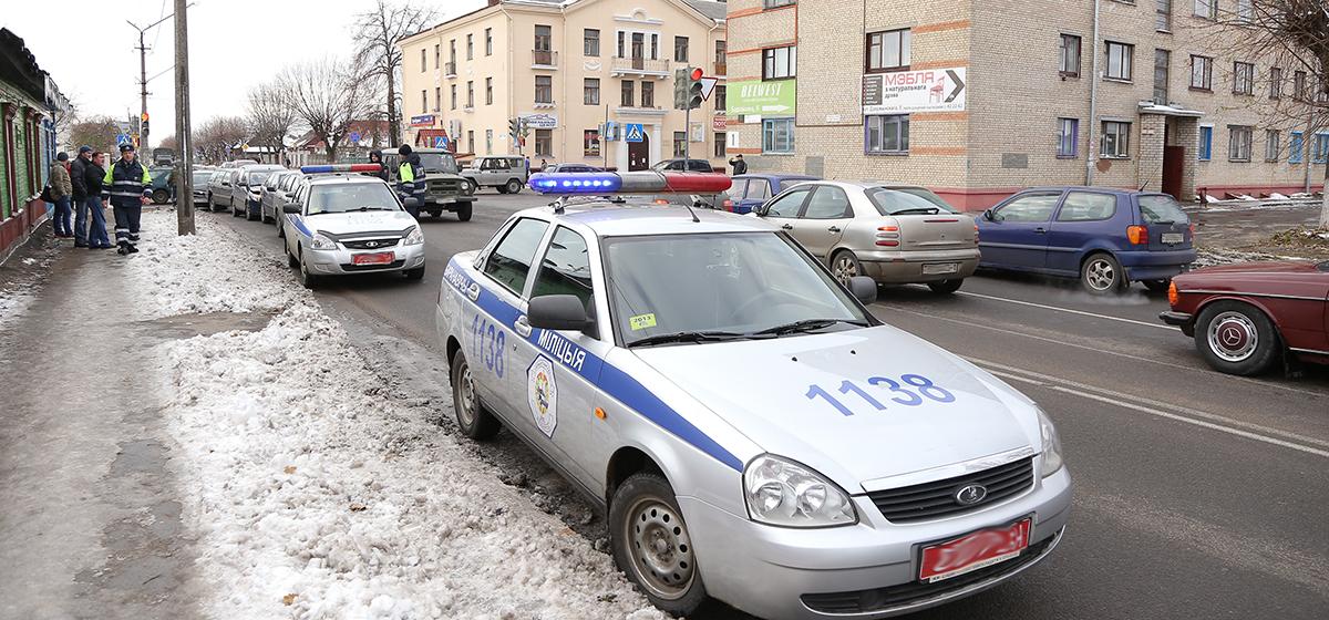 ДТП на перекрестке улиц Советская и Баранова. Фото: Александр КОРОБ