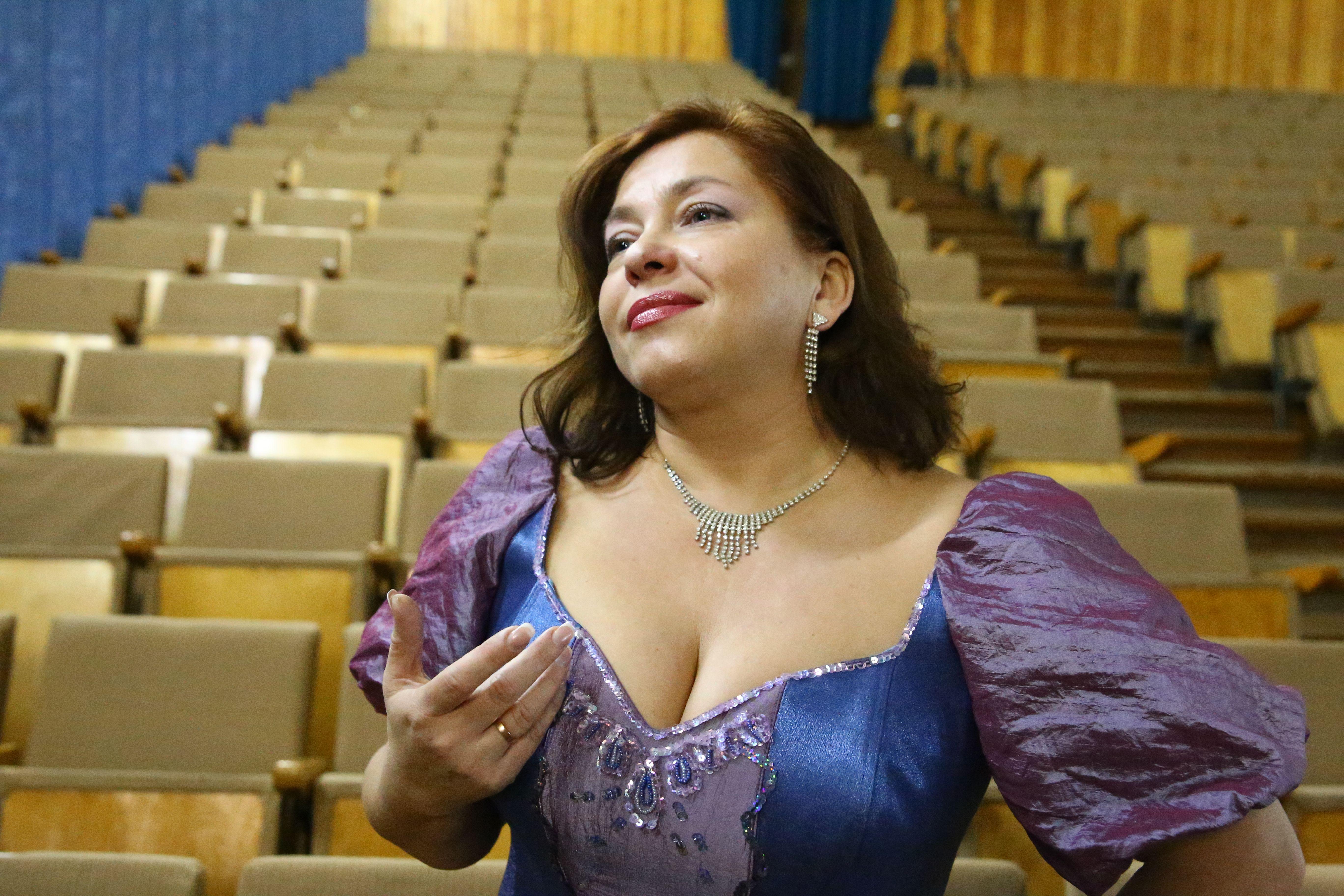 Оперная певица и преподаватель музыкального колледжа Лолита Сивохо свою жизнь посвятила пению на сцене. Фото: Евгений ТИХАНОВИЧ