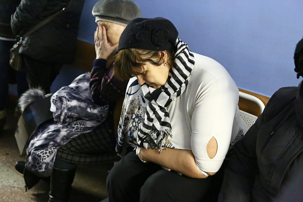 Наталья Данько вела ребёнка в детсад, упала и получила травмы плеча и руки. Фото: Евгений ТИХАНОВИЧ