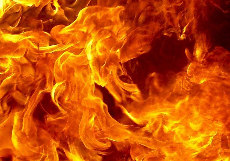 ВИвацевичском районе впожаре умер пенсионер, разжигавший печь бензином