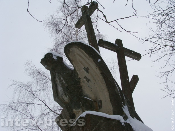 Помнік польскаму войску каля вёскі Старыя Войкавічы