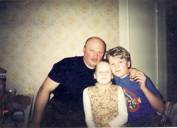 Михаил Костючик с племянниками