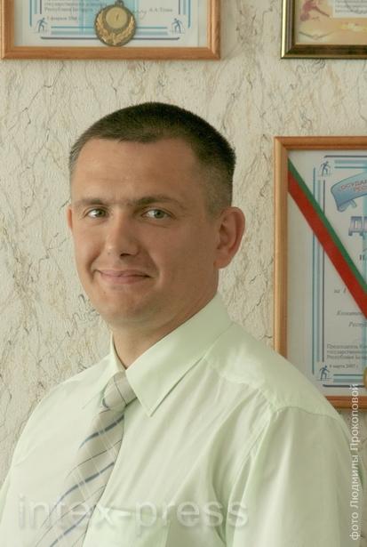 Олег Данилов, стаж работы  по профессии – 15 лет.