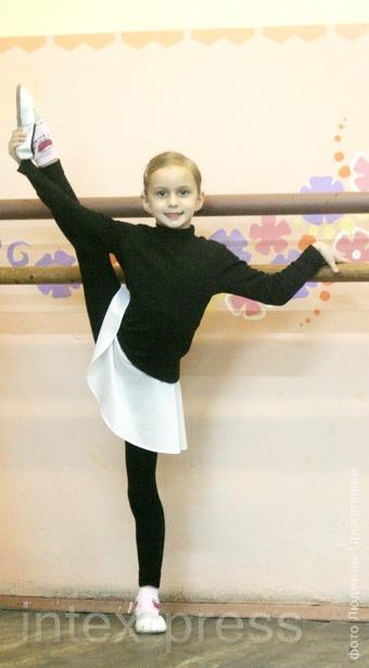 Ксюша Карпович, 7 лет