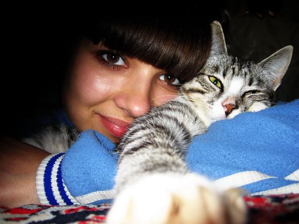Анастасия Кергет и любимый кот Вискас