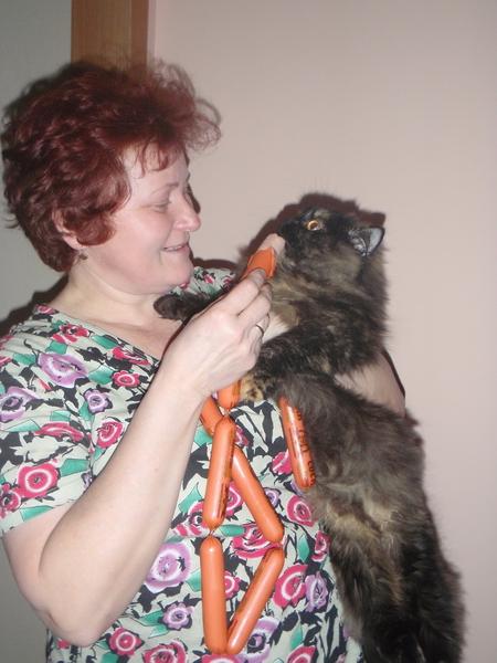 Наталья Владимировна Аникеенко и кошка Марта