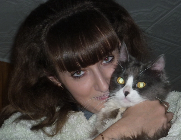 Екатерина Арцименя и любимый кот Микки