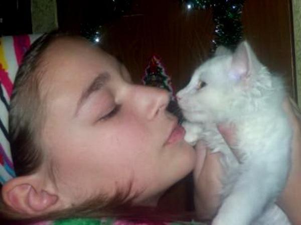 Ангелина и ее любимая кошечка Милка