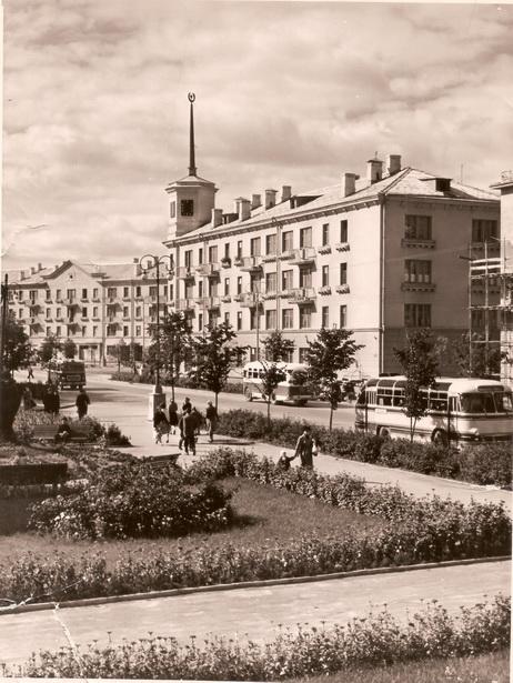 Площадь Ленина в г. Барановичи в начале 60-х годов XX века