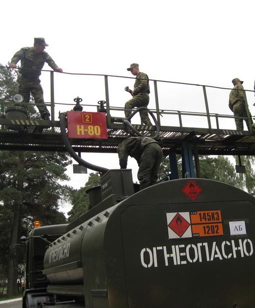 Служба горючего г. Барановичи снабжает топливом 50 воинских частей Брестской и Гродненской областей
