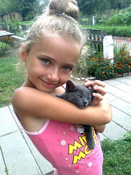 Алина Денисевич с котом Томом
