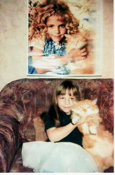 Маша Хомюк и кот Кузьма. Будущие фотомодели