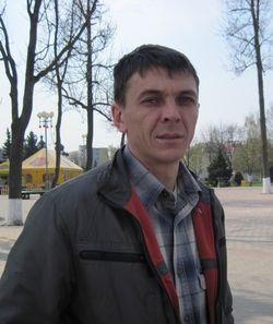 Анатолий, продавец ТЦ «Калі ласка»: