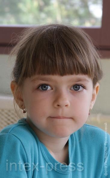Алина Дерман, 6 лет: