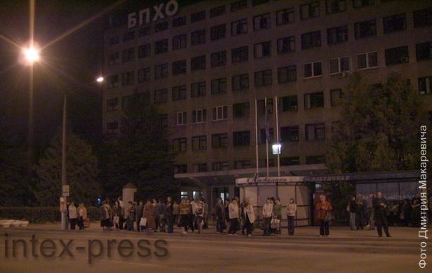 Работники БПХО возвращаются после рабочей смены домой