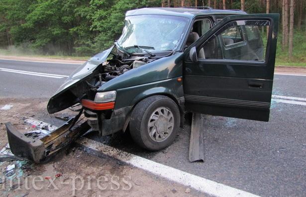 Самые тяжелые травмы получили пассажиры, которые находились на передних сиденьях иномарок