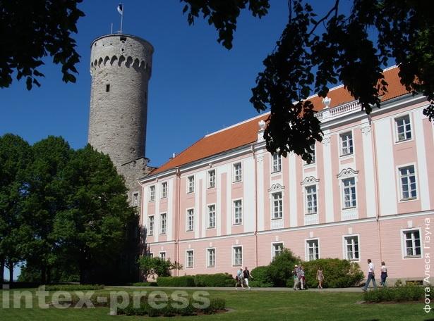 Замак Тоомпэа стаіць у самым цэнтры Таліна