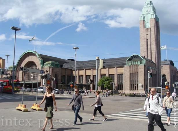 Мадэрны чыгункавы вакзал у Хельсінкі