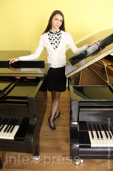 Юлия Сасим, студентка III курса, лауреат  Московского международного фестиваля славянской музыки