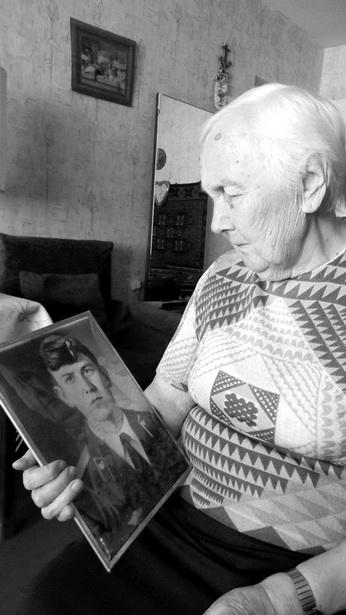 Диана Ивановна Гук живет только воспоминаниями о сыне