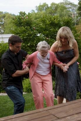 Понять и поддержать человека в старости бывает не так просто