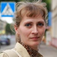 Оксана, сотрудник типографии