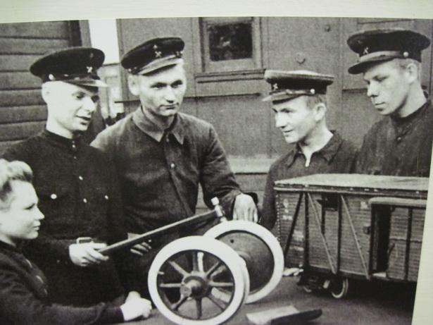 Занятия в стахановской школе осмотрщиков, 1951 г.