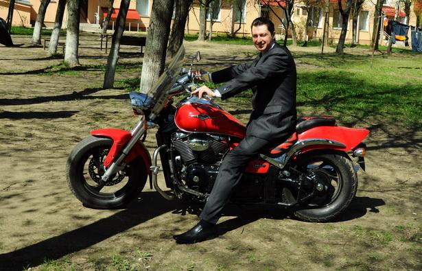 Игорь накануне своей свадьбы - за три дня до роковой аварии