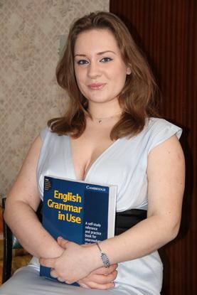 После работы у Алены остались долги по учебе и платье, на которое когда-то потратила всю зарплату