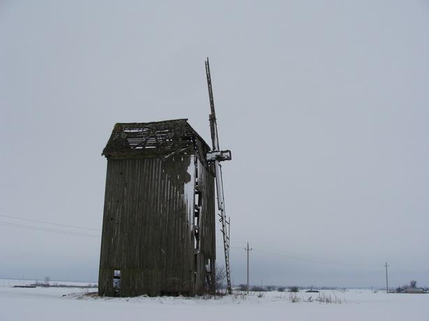 Вятрак у в. Урведзь – адзін з нешматлікіх, у якога часткова засталіся крылы