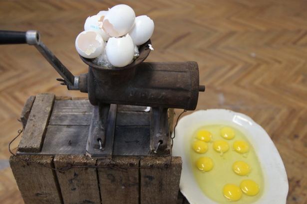 Арт–аб'ект з яйкамі