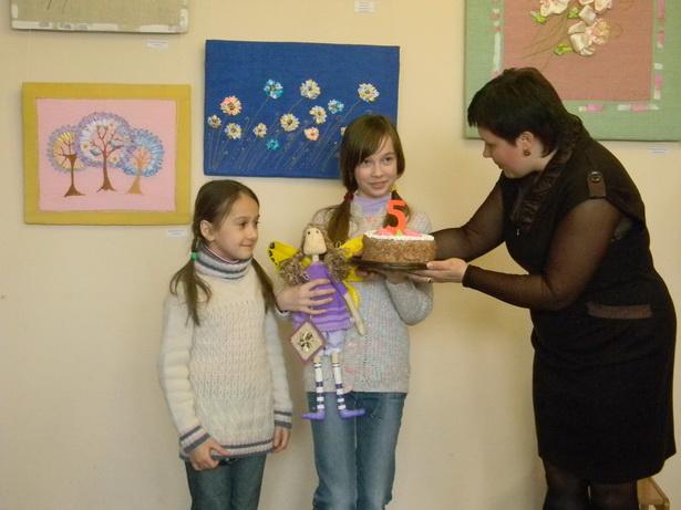 Участники выставки получили эксклюзивных кукол от своей наставницы