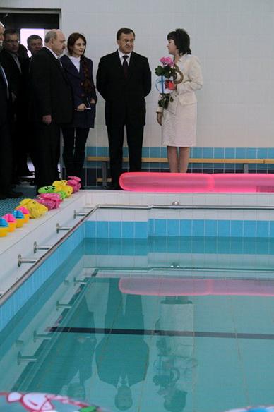 Гордость детского садика №8 - большой бассейн