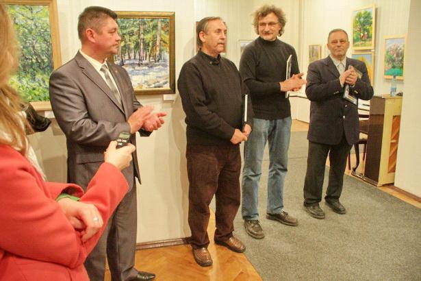 Выставку в Барановичах открыли ее авторы – Леонид Гришук, Михаил Нуднов, Матвей Басов. Фото Intex-press