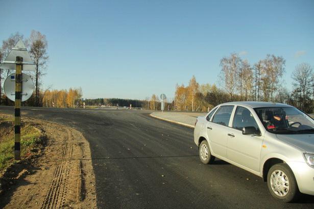 Свернуть в г. Ляховичи со старой трассы можно, не въезжая в Барановичи
