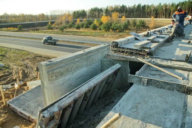 Дорожники планируют окончить новый путепровод над Олимпийкой к началу ноября