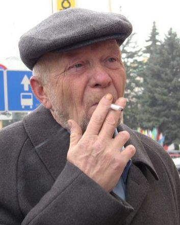 Барановичский лидер партии левых «Справедливый мир». 7 ноября 2013 года. Фото Александр Трипутько