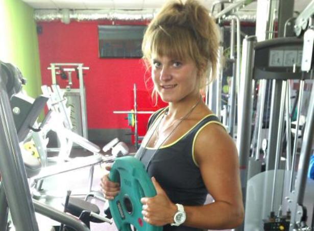Снежанна Зубко заняла первое место в троеборье среди женщин в весовой категории свыше 72 кг, с общим результатом 440 кг. Фото из личного архива.