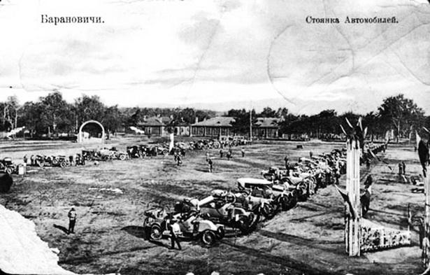 На плацу железнодорожной бригады в мае 1912 г.