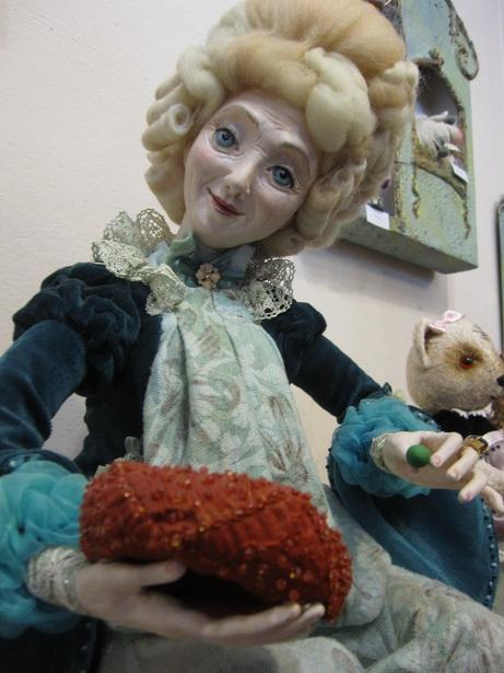 ТАЙНЫ ГОРОХОВОГО КОРОЛЕВСТВА – первая кукла, сделанная Ларисой Матюшенковой. Фото Ольга Широкоступ