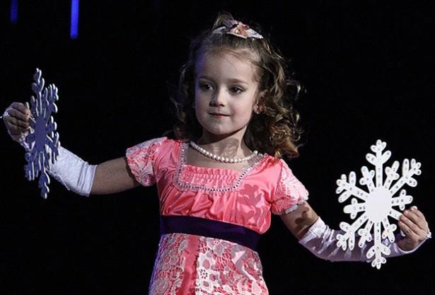 В номинации «Немаўляткі» среди самых маленьких гимнасток 2008 года рождения второе место заняла пятилетняя Яна Голубева. Фото с сайта http://belapan.by