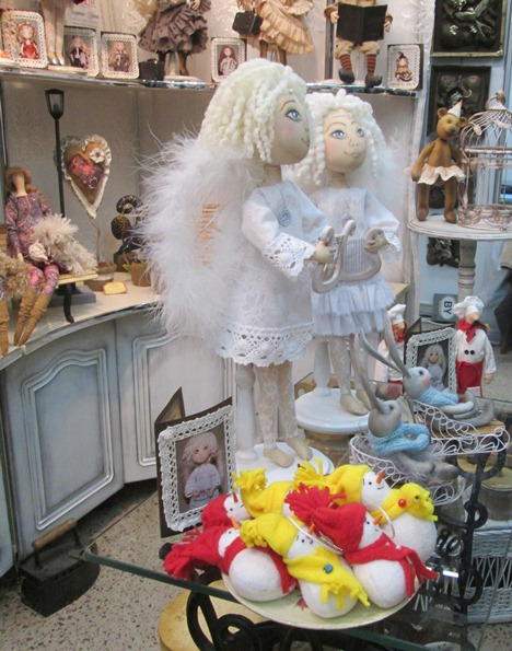Игрушек- ангелов было на выставке большое количество. Фото Татьяна Некрашевич.
