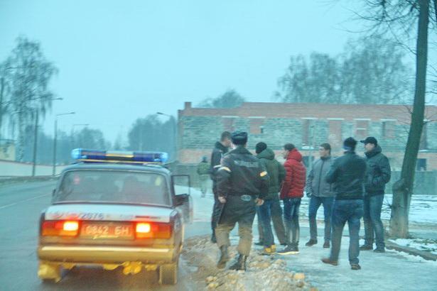 Вечером 14 декабря в Барановичах милиция останавливает молодежь на улицах