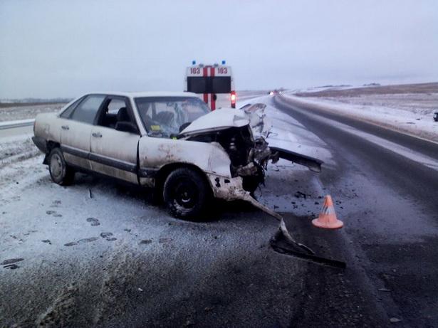 ДТП произошло на трассе Брест-Минск, недалеко от д. Вольно // фото читателя газеты